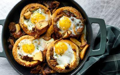 Petits pains farcis aux champignons et aux œufs